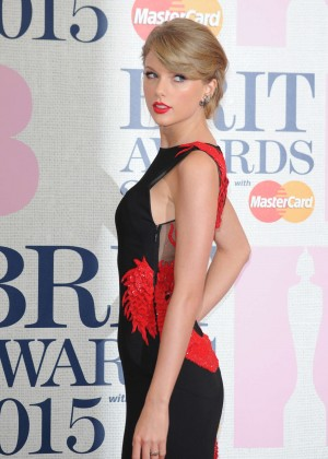 Taylor Swift - 2015 BRIT Awards in London