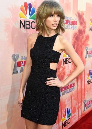 Taylor Swift - 2015 iHeartRadio Music Awards in LA