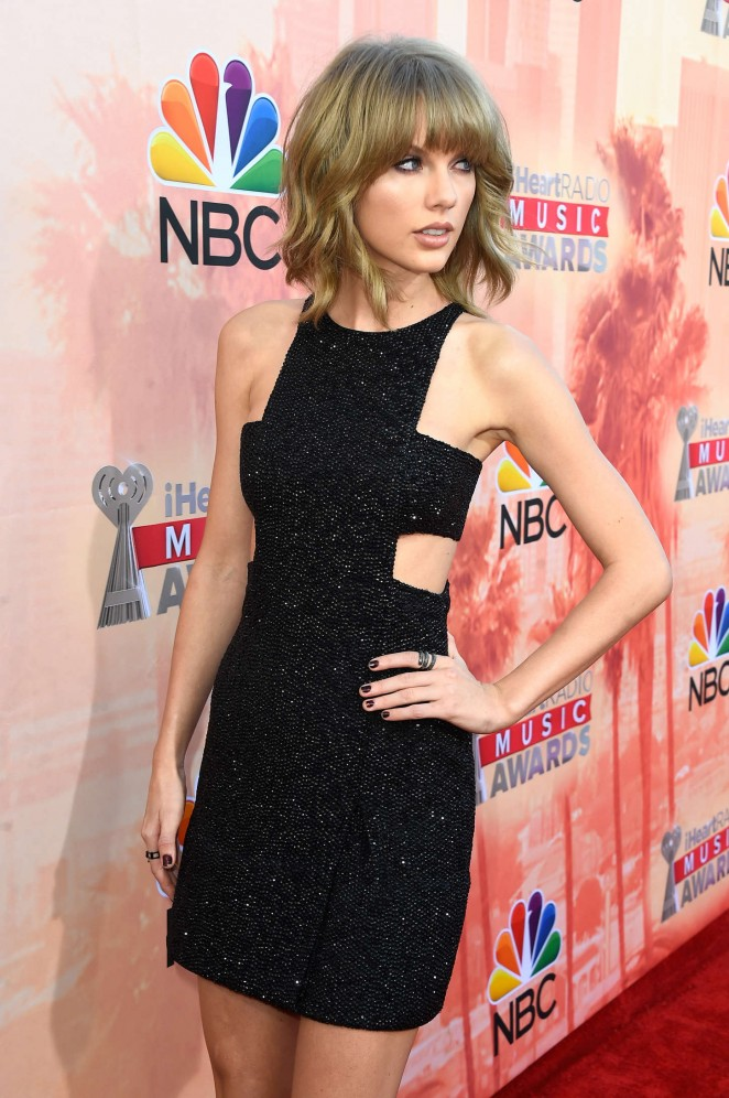 Taylor Swift - 2015 iHeartRadio Music Awards in LA