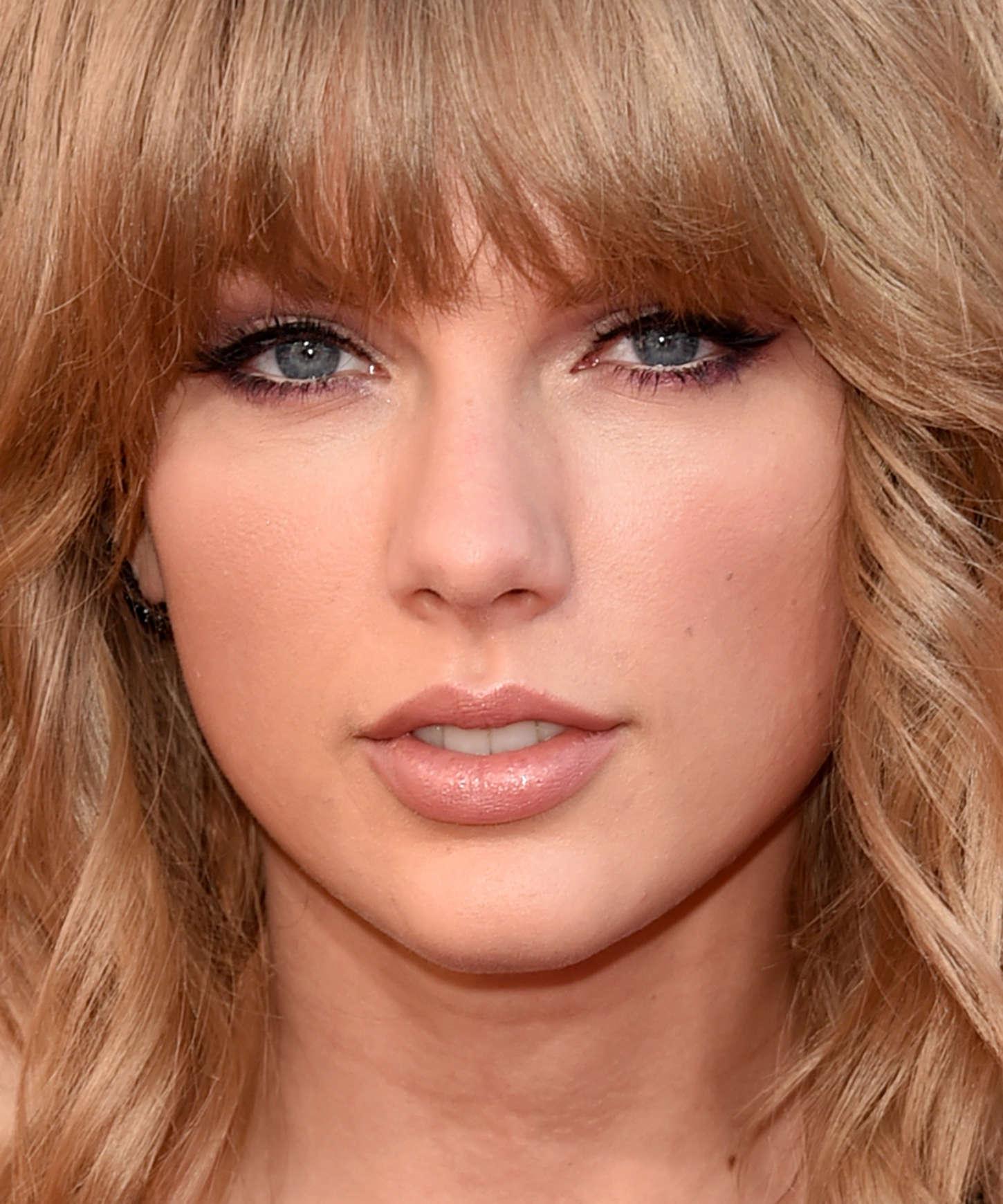 Taylor Swift Iheartradio Music Awards Gotceleb