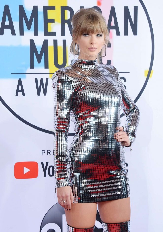 Taylor Swift - 2018 American Music Awards in Los Angeles