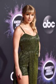 Taylor Swift - 2019 American Music Awards in Los Angeles