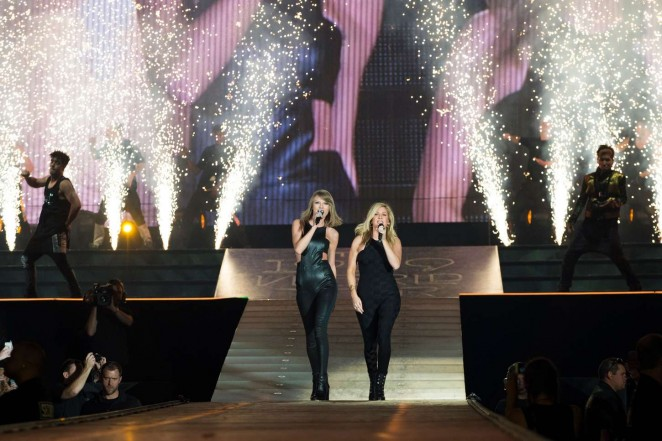 Taylor Swift and Ellie Goulding: The 1989 World Tour -17
