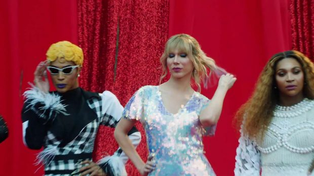 Katy Perry 2019 : Taylor Swift and Katy Perry in Taylors latest music video You Need to Calm Down-02