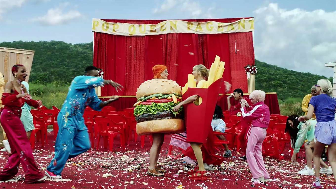 Katy Perry 2019 : Taylor Swift and Katy Perry in Taylors latest music video You Need to Calm Down-09