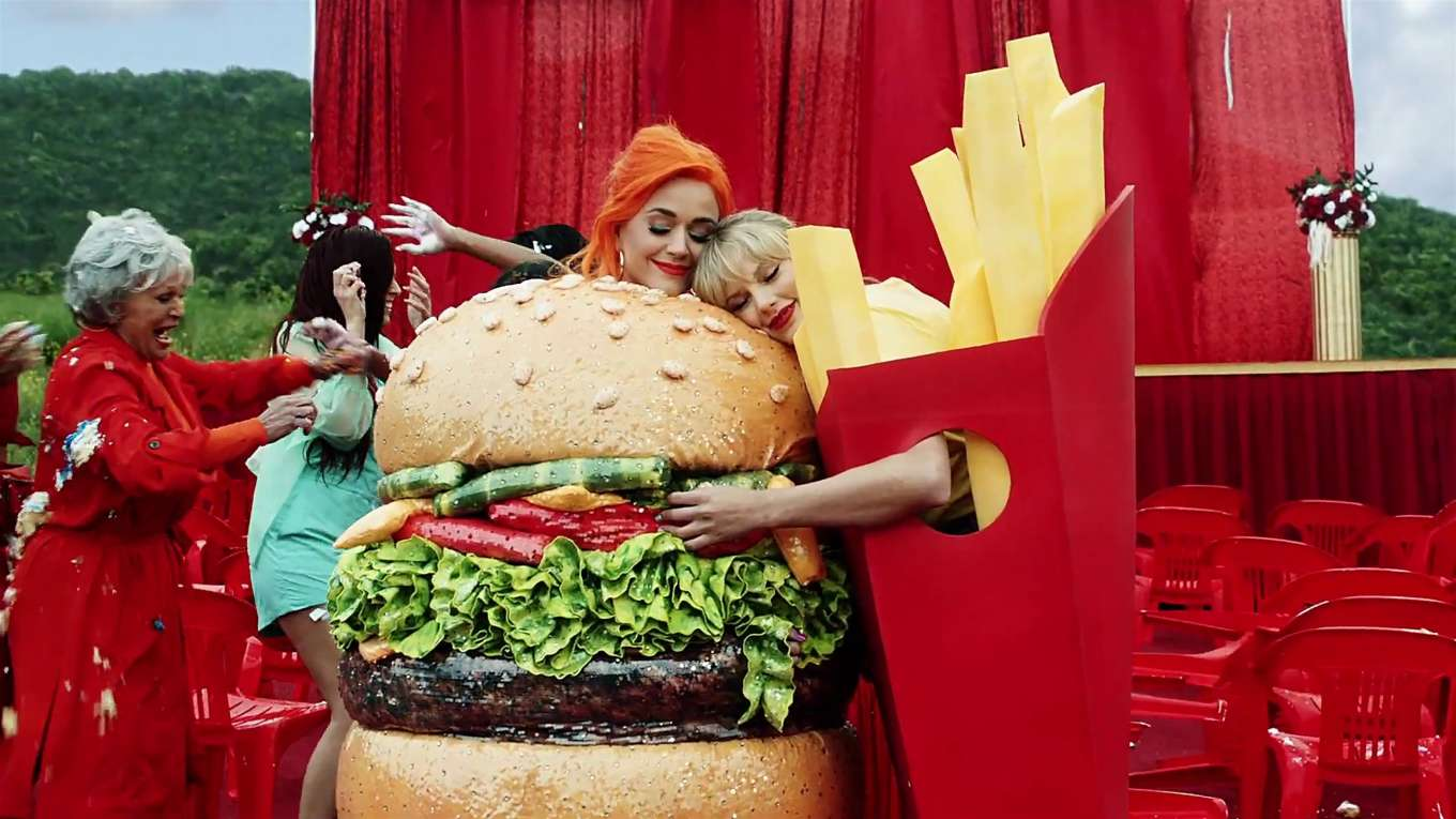 Katy Perry 2019 : Taylor Swift and Katy Perry in Taylors latest music video You Need to Calm Down-38