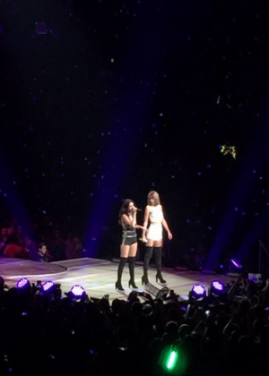 Taylor Swift and Selena Gomez: Performs in Los Angeles -07