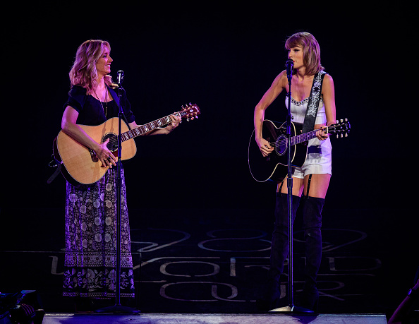 Taylor Swift and Selena Gomez: Performs in Los Angeles -13