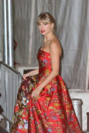 Taylor Swift - Arrives at 'Cats' Premeire at Alice Tully Hall in New York