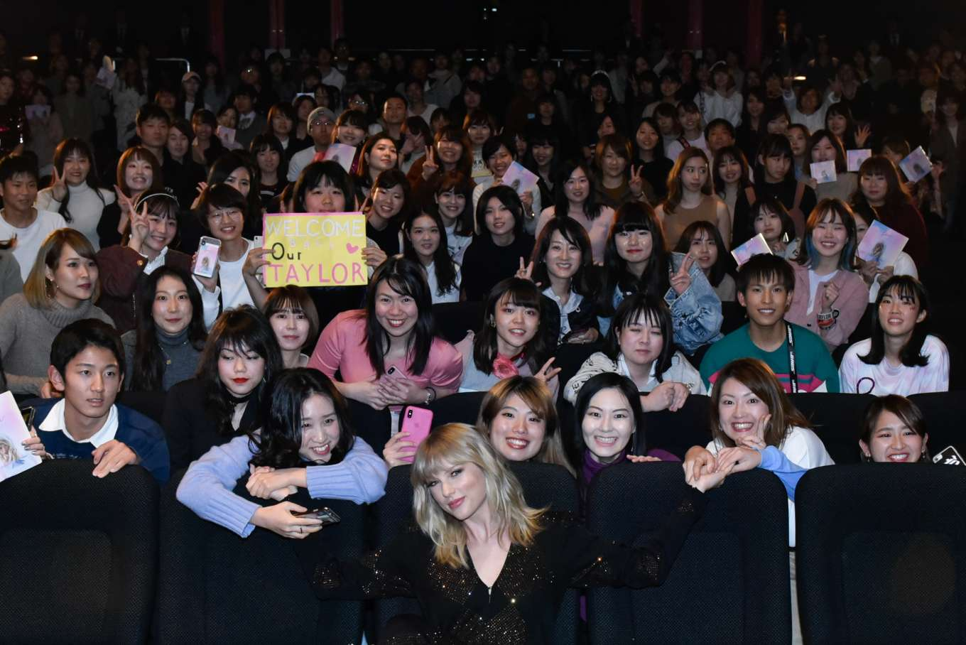 Taylor Swift 2019 : Taylor Swift at a Fan Event in Tokyo-08