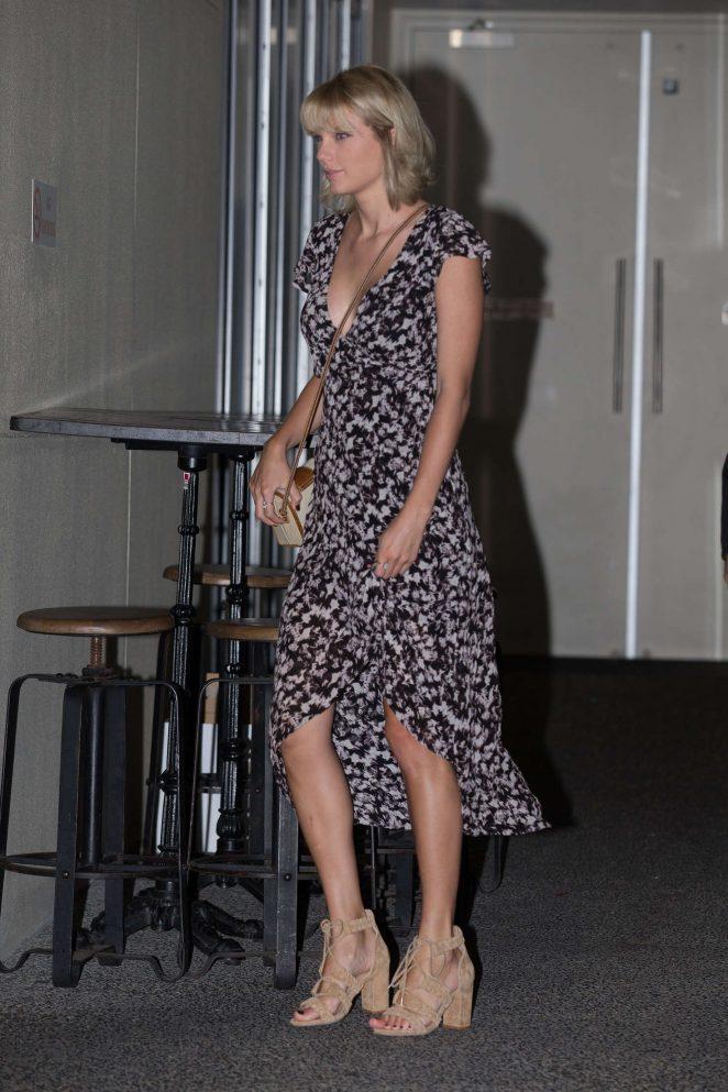 Taylor Swift at Gemelli Italian Restaurant in Australia