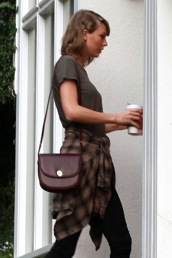 Taylor Swift at Jaime King's House in LA