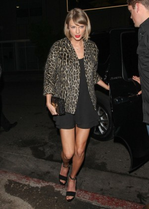 Taylor Swift at The Nice Guy Club in West Hollywood