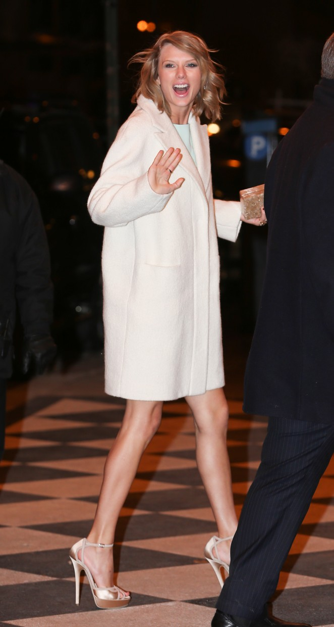 Taylor Swift at the Plaza Hotel in NYC