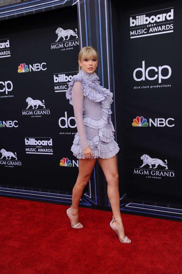 Taylor Swift: Billboard Music Awards 2019 at MGM Grand Garden Arena in Las Vegas-17