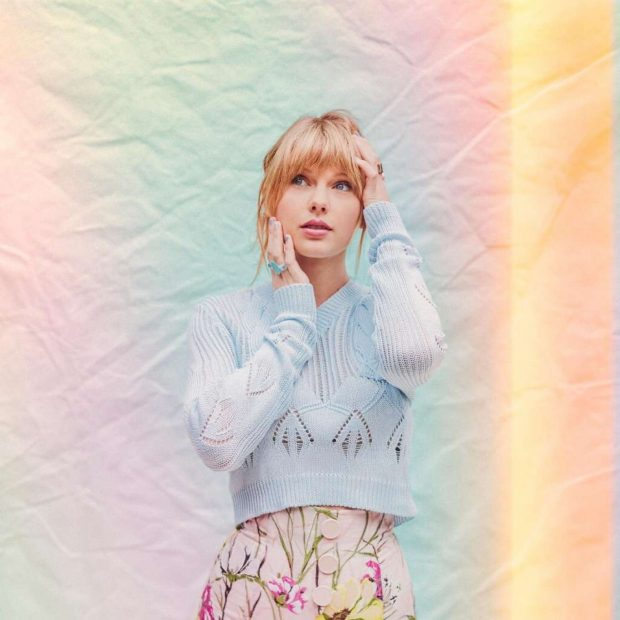 Taylor Swift for Me! Magazine 2019 -06