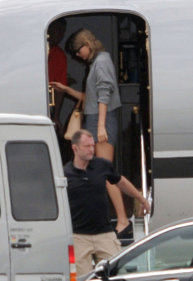 Taylor Swift in Shorts at Glasgow Airport -08