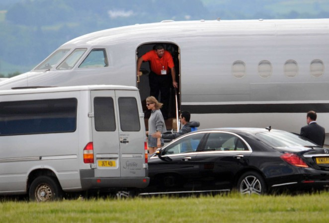 Taylor Swift in Shorts at Glasgow Airport -16
