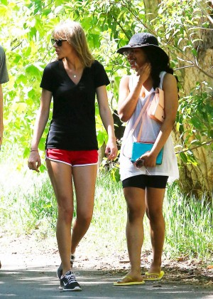 Taylor Swift in Red Shorts -10