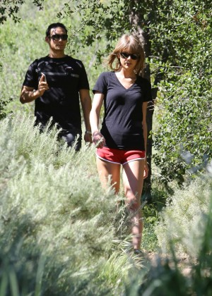 Taylor Swift in Red Shorts -13