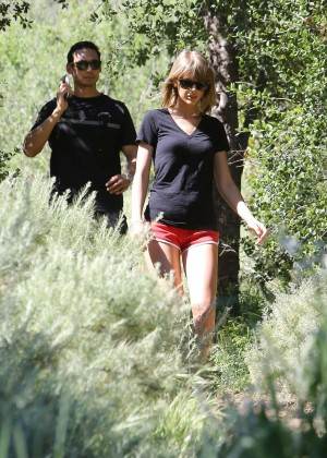 Taylor Swift in Red Shorts -20