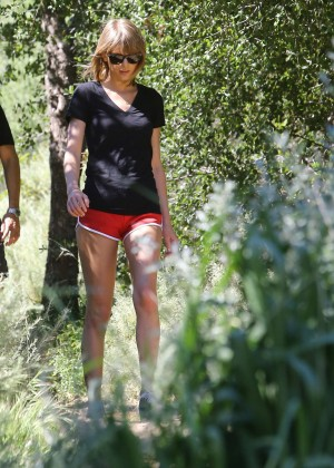 Taylor Swift in Red Shorts -24