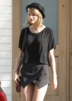 Taylor Swift in Black Mini Skirt Out in Los Angeles