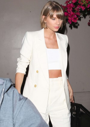 Taylor Swift - Leaving Maia Restaurant in West Hollywood
