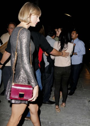 taylor swift in mini dress leaving spago restaurant in beverly hills. Black Bedroom Furniture Sets. Home Design Ideas