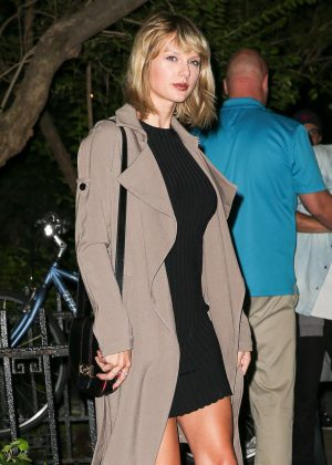 Taylor Swift - Leaving The Waverly Inn restaurant in New York City