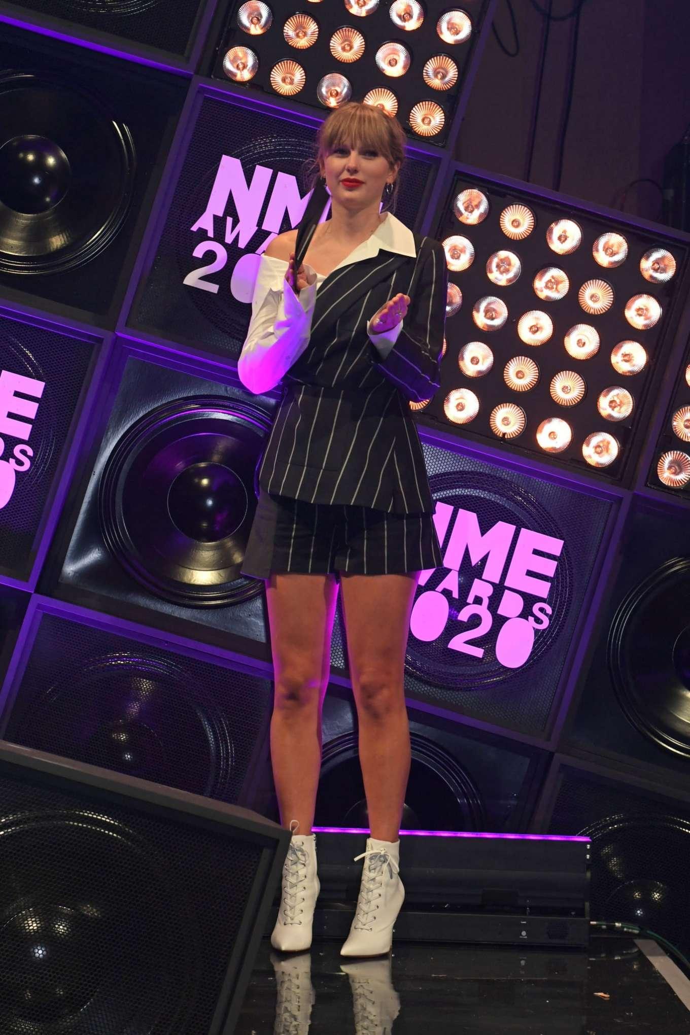 Taylor Swift 2020 : Taylor Swift – NME Awards 2020 in London-03