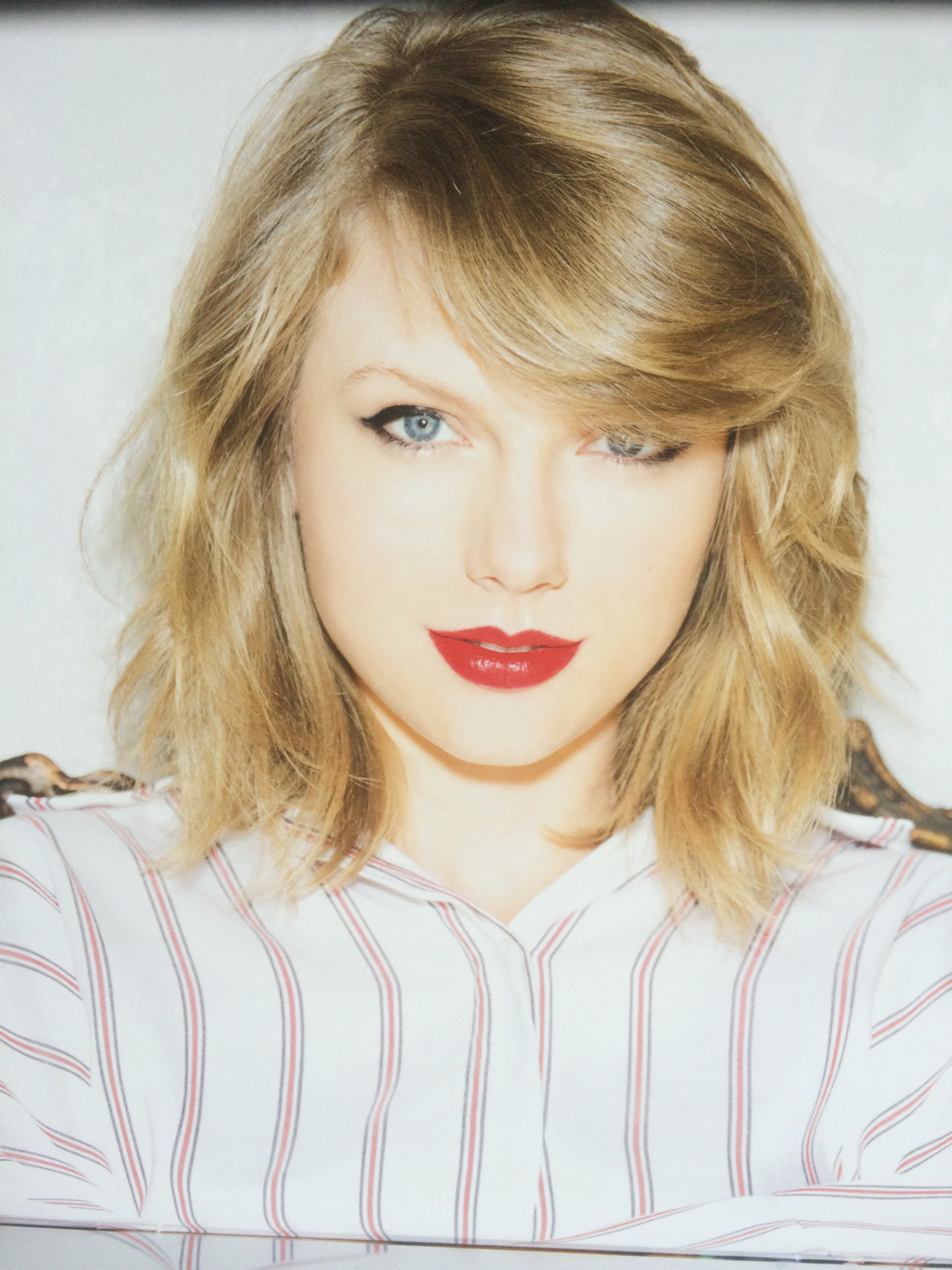 Taylor Swift: Official Calendar 2016 -02 - GotCeleb