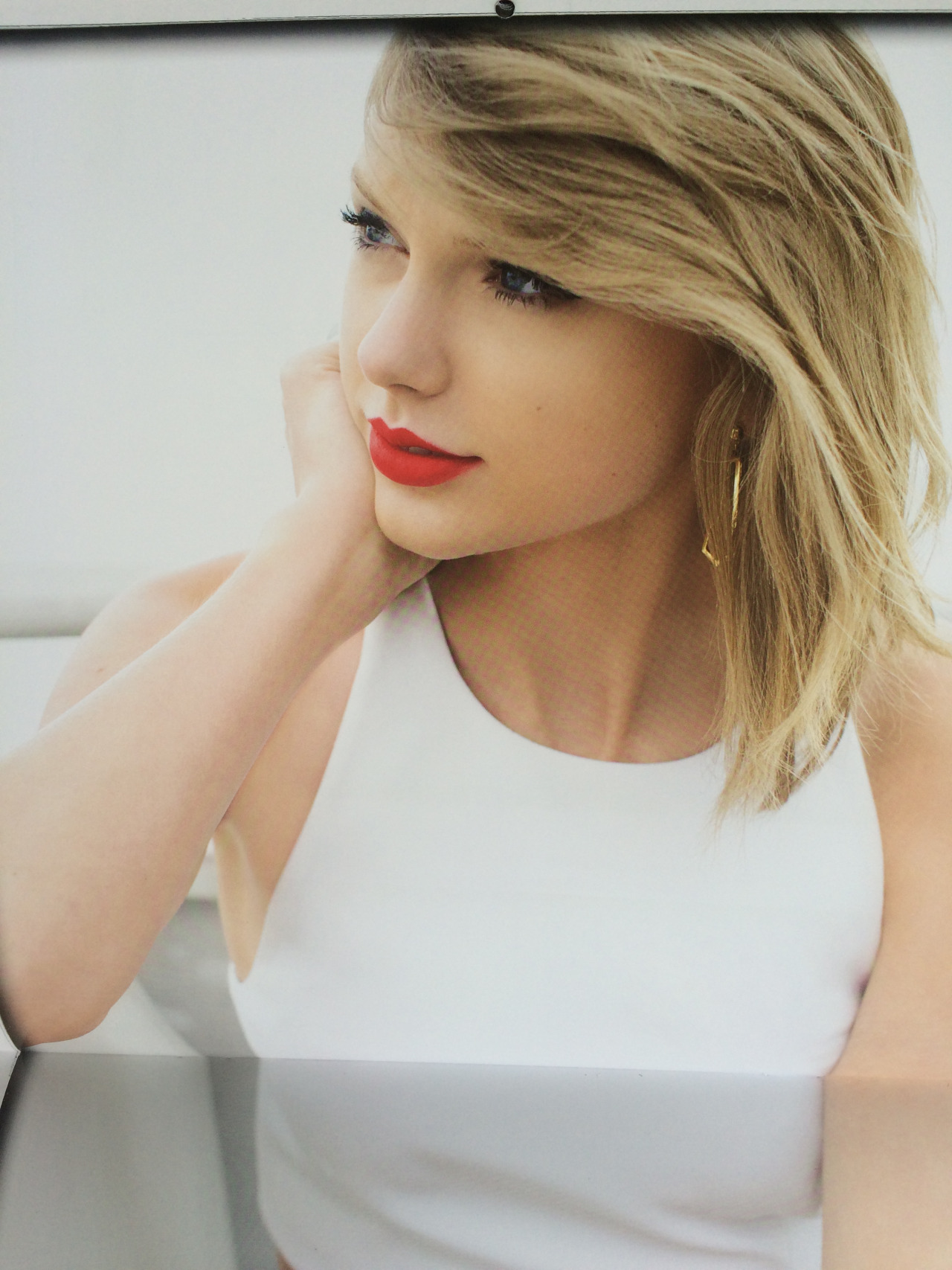 Taylor Swift: Official Calendar 2016 -08 - GotCeleb