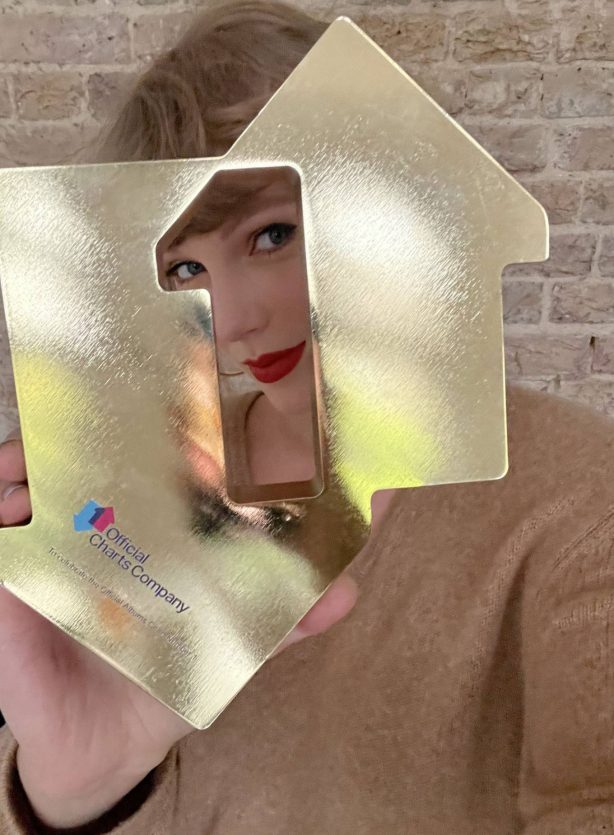 Taylor Swift - Official Charts Company (April 2021)