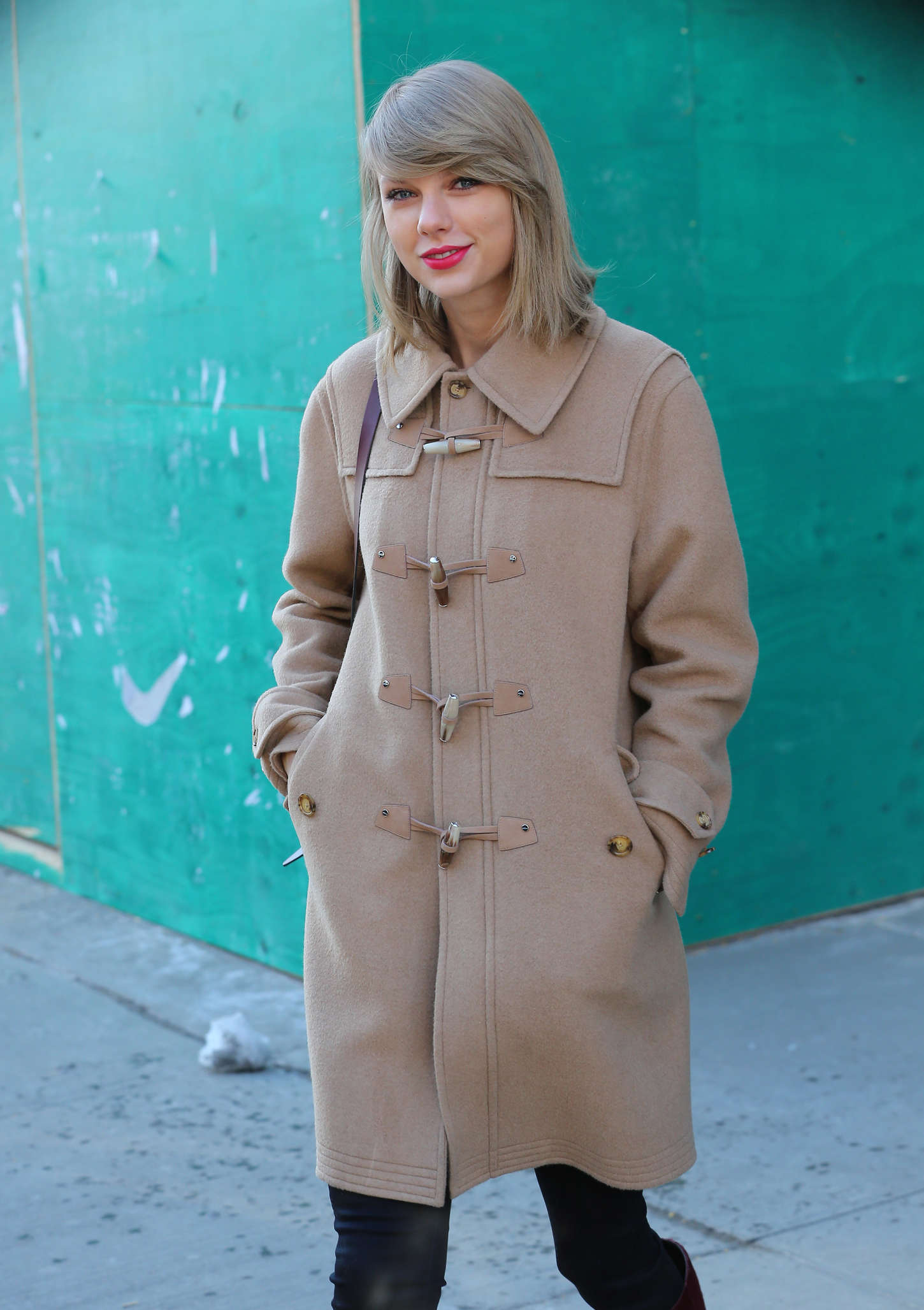 Taylor Swift - Out and about in NYC