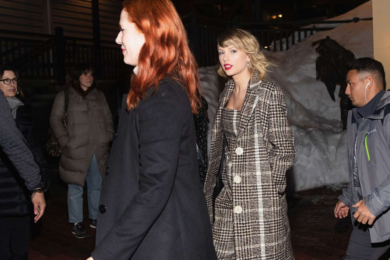 Taylor Swift 2020 : Taylor Swift – Out in Park City-05