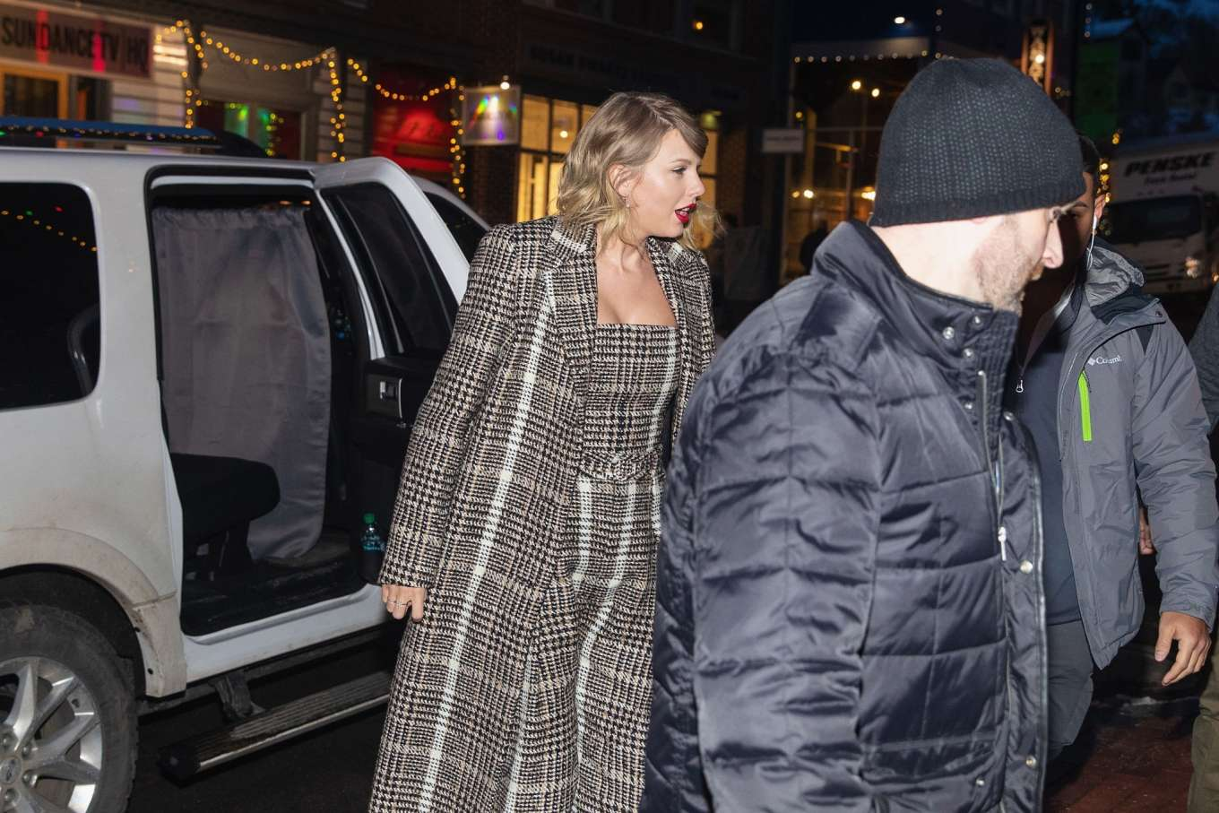 Taylor Swift 2020 : Taylor Swift – Out in Park City-17