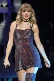 Taylor Swift - Performs at iHeartRadio's Z100 Jingle Ball 2019 in New York