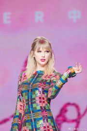 Taylor Swift - Performs at Lover M&G in Guangzhou
