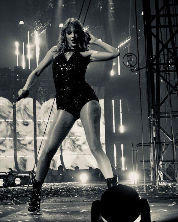 Taylor Swift 2019 : Taylor Swift – @taylorswift Personal-03