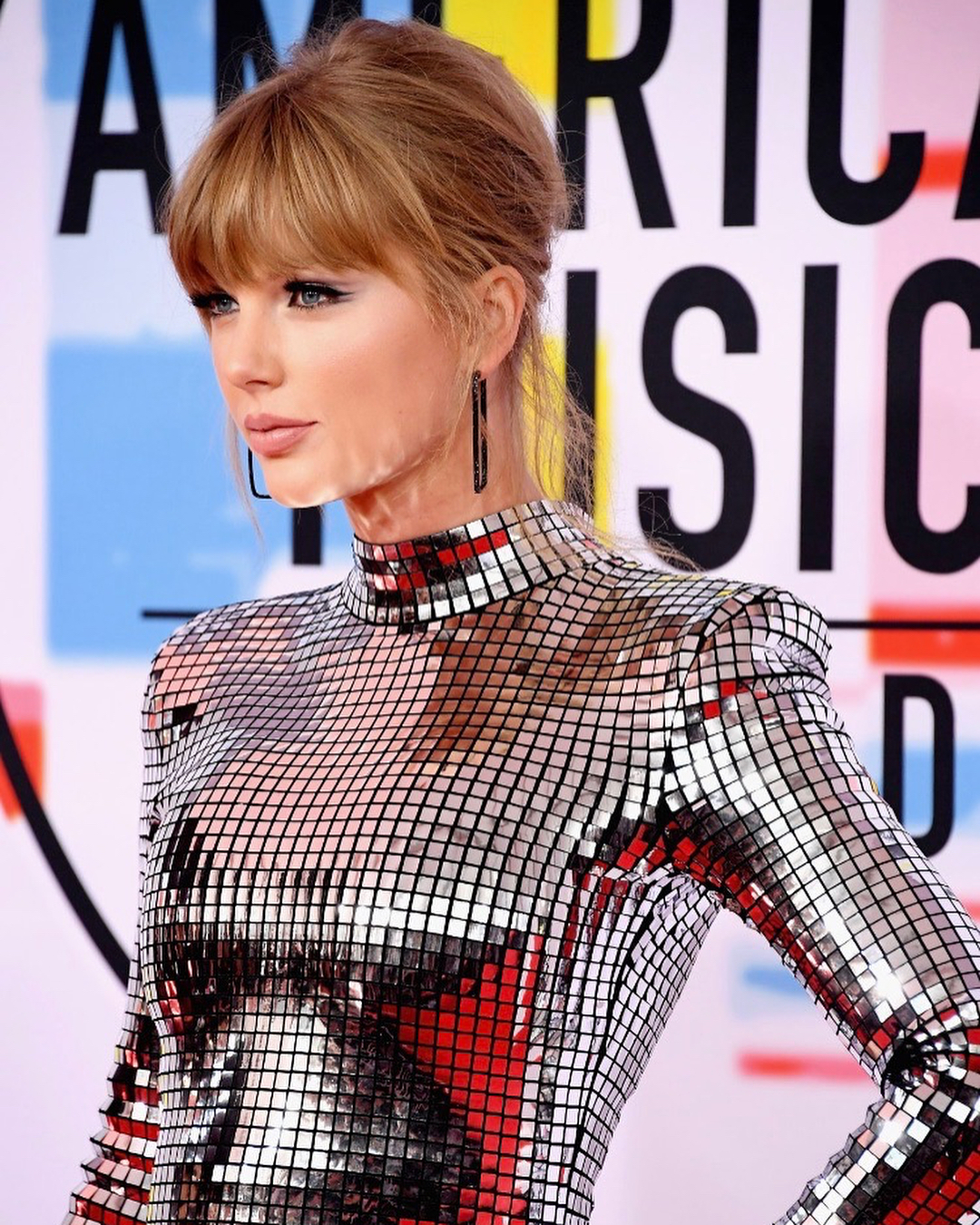 Taylor Swift 2019 : Taylor Swift – @taylorswift Personal-04