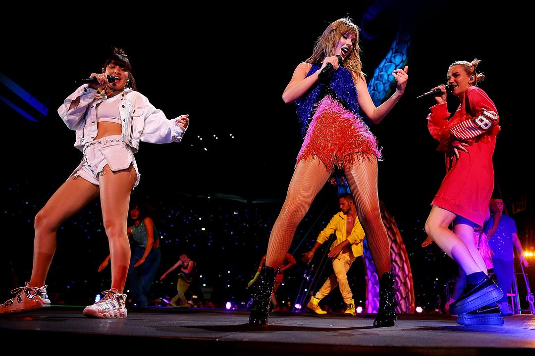 Taylor Swift 2019 : Taylor Swift – @taylorswift Personal-35