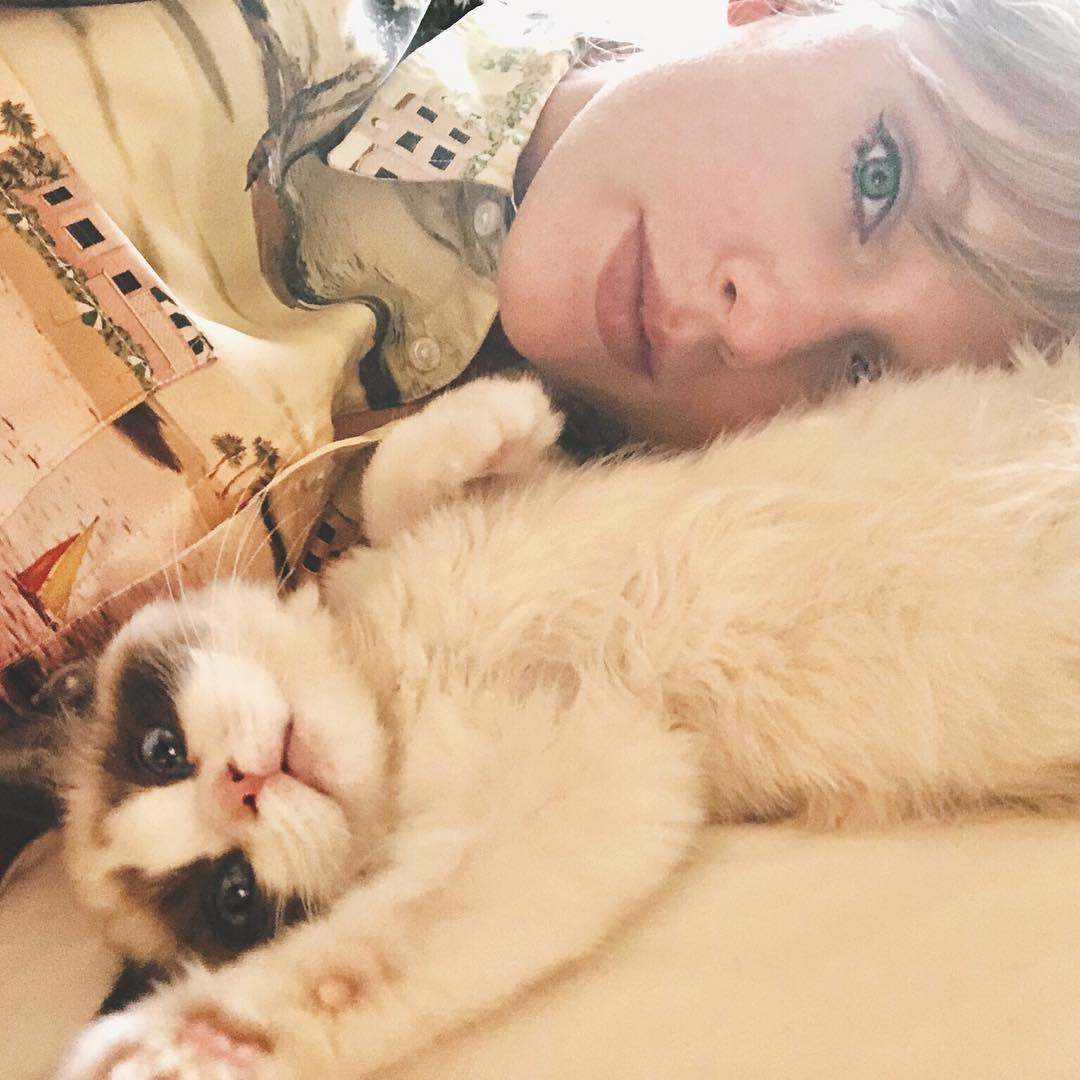 Taylor Swift 2019 : Taylor Swift – @taylorswift Personal-50