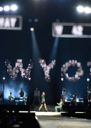 Taylor Swift: The 1989 World Tour Night 1 in Cologne -06