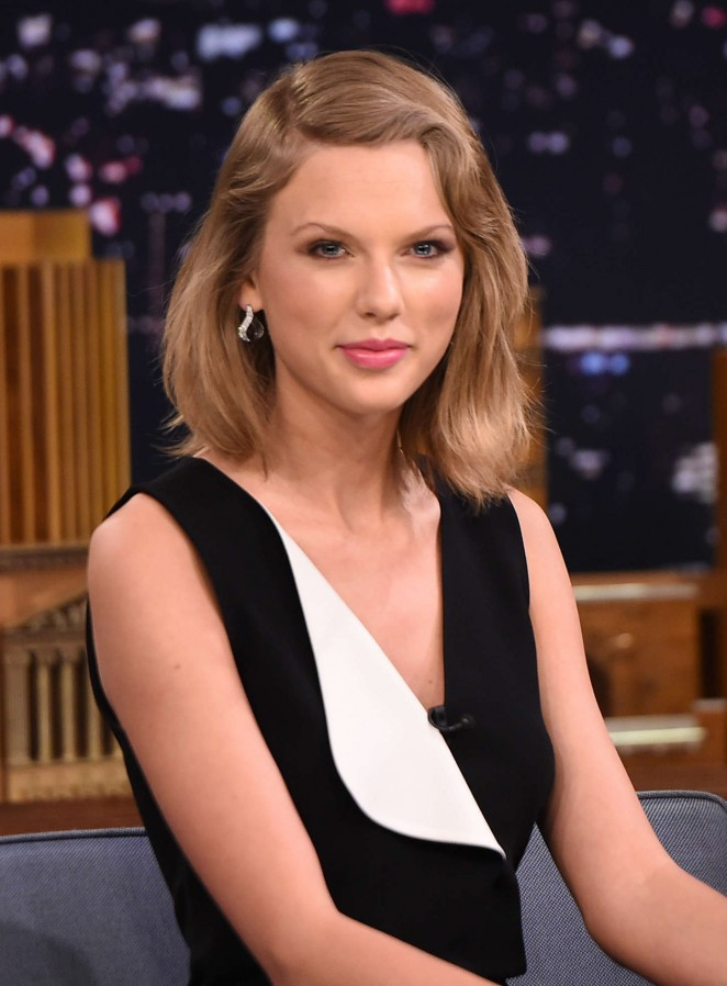 Taylor Swift - The Tonight Show With Jimmy Fallon in NYC