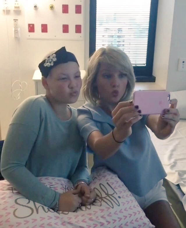 Taylor Swift - Visiting a children's hospital in Queensland
