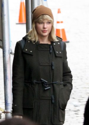 Taylor Swift - With Friends out in Tribeca