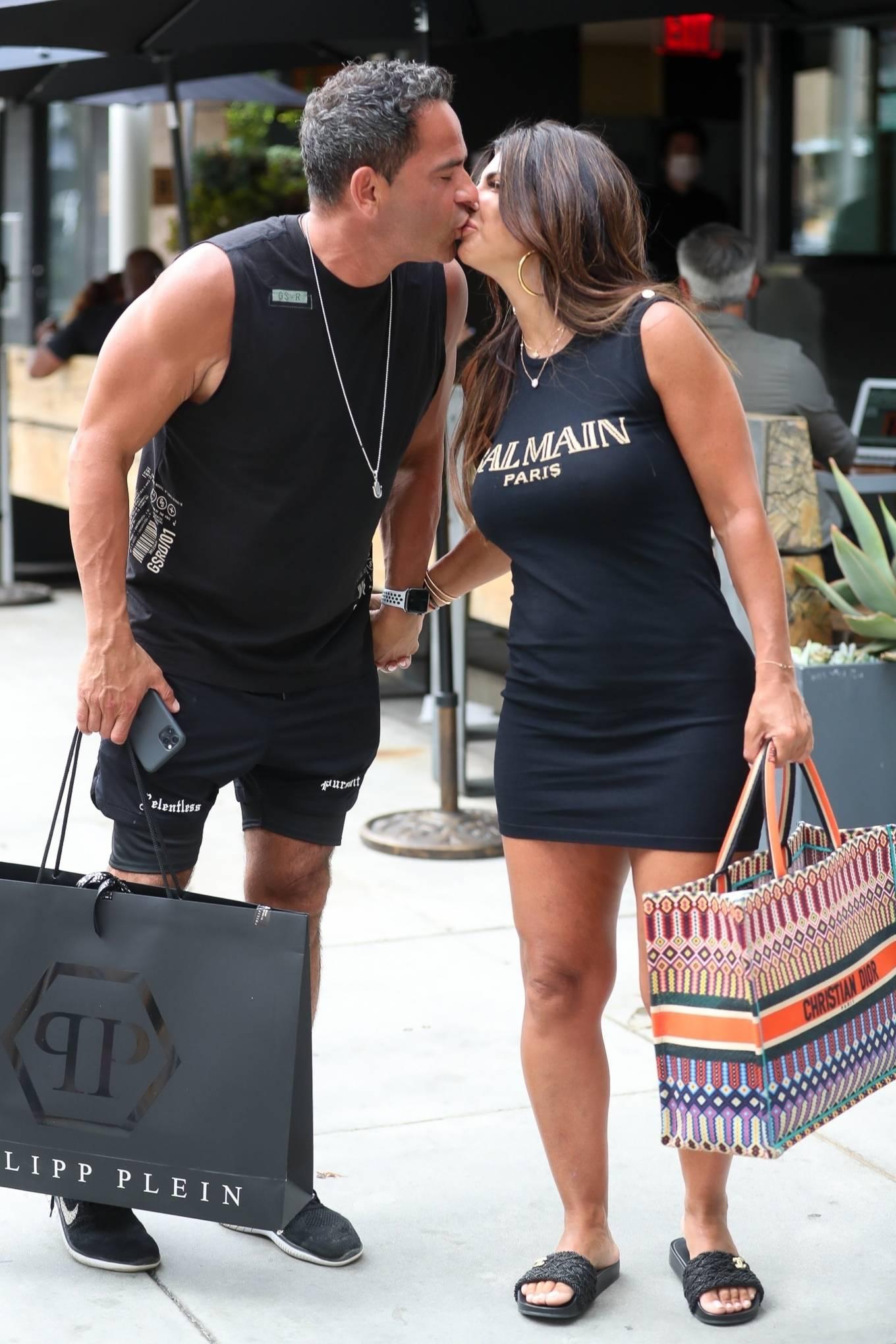 Teresa Giudice 2021 : Teresa Giudice – Shopping candids in Beverly Hills-04