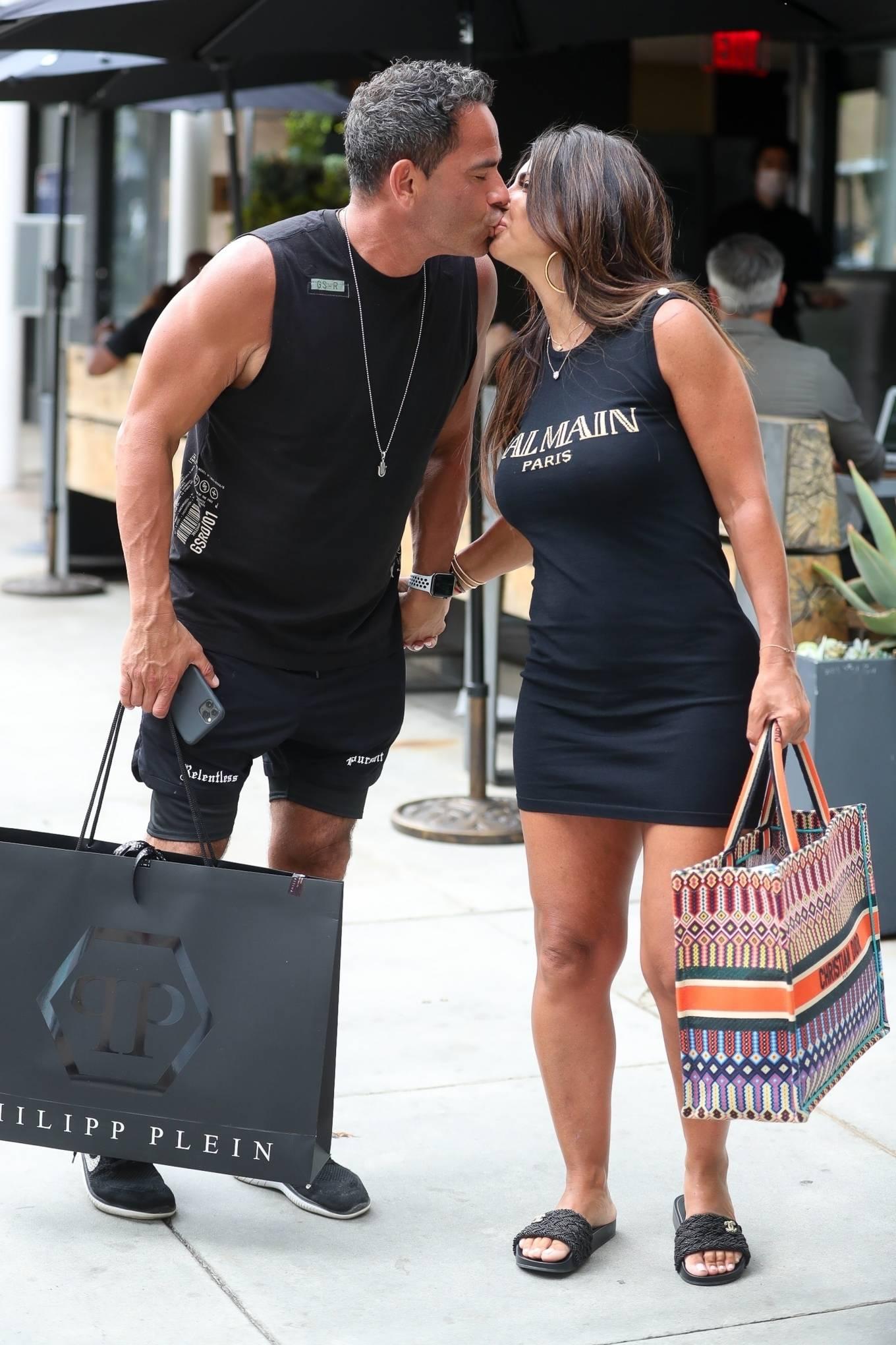 Teresa Giudice 2021 : Teresa Giudice – Shopping candids in Beverly Hills-16