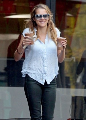 Teresa Palmer in Tight Jeans Getting coffee in LA